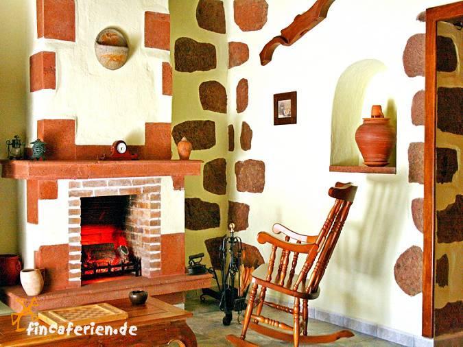 gran canaria ferienhaus mit whirlpool f r 4 personen tejeda wandern fincaferien. Black Bedroom Furniture Sets. Home Design Ideas