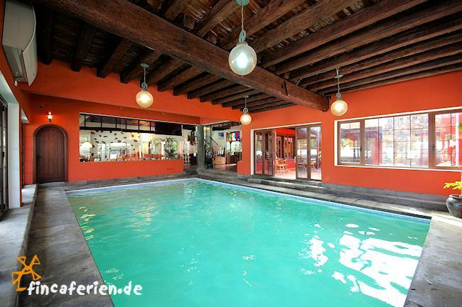 Lanzarote exklusives ferienhaus mit pool hallenbad - Casas con piscina interior ...