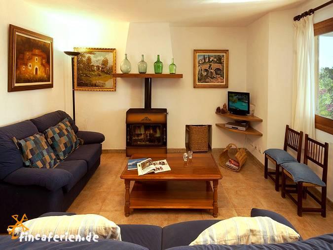 mallorca ferienhaus mit internet und pool pollenca fincaferien. Black Bedroom Furniture Sets. Home Design Ideas
