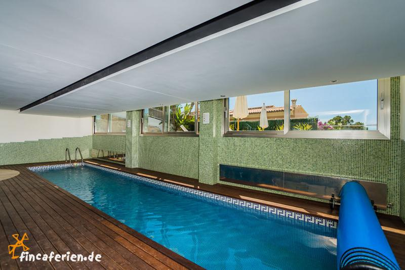 Indoor pool einfamilienhaus  Mallorca: exklusive Villa mit Pool, Indoor-Pool und Internet ...