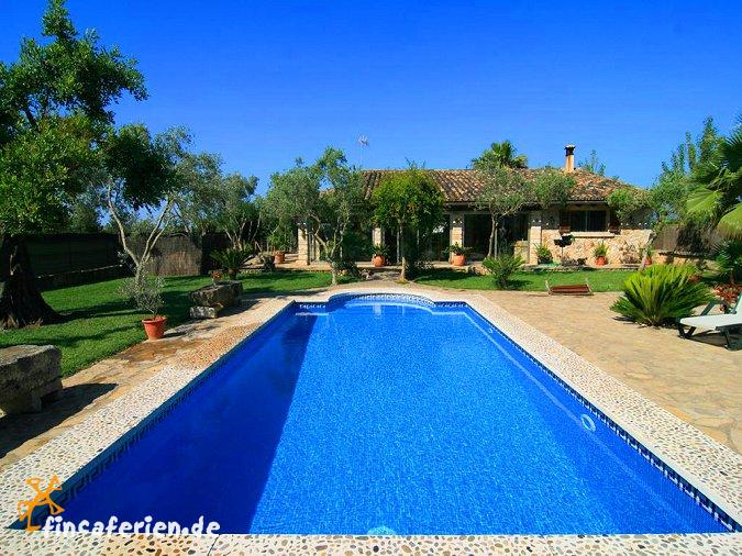 mallorca landhaus mit pool und garten f r 5 personen sa. Black Bedroom Furniture Sets. Home Design Ideas