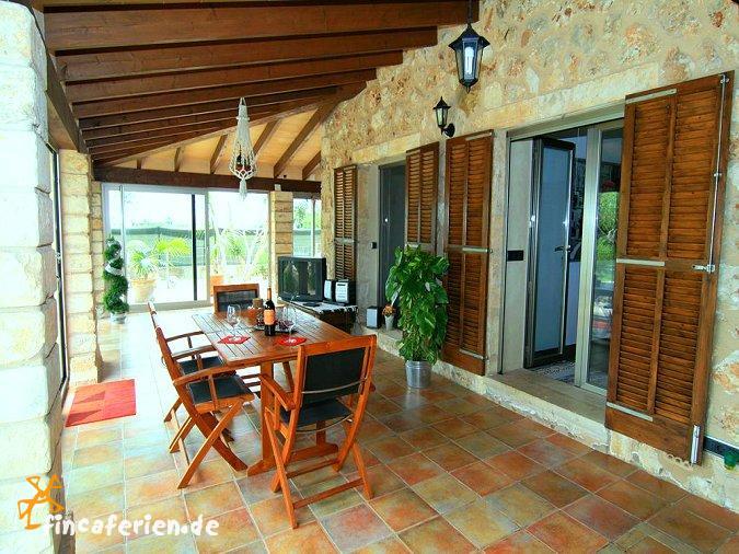 Mallorca landhaus mit pool und garten f r 5 personen sa pobla fincaferien - Wintergarten mit pool ...