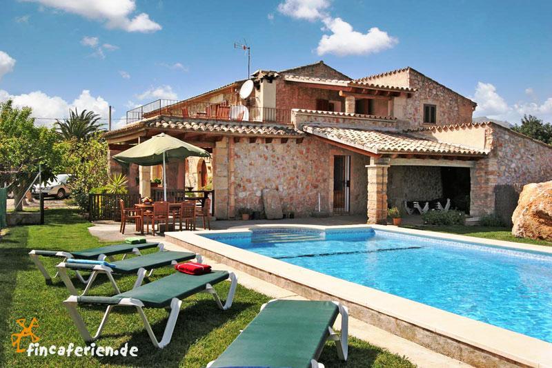 Mallorca private Finca mit Pool und Garten zwischen Pollenca und ...