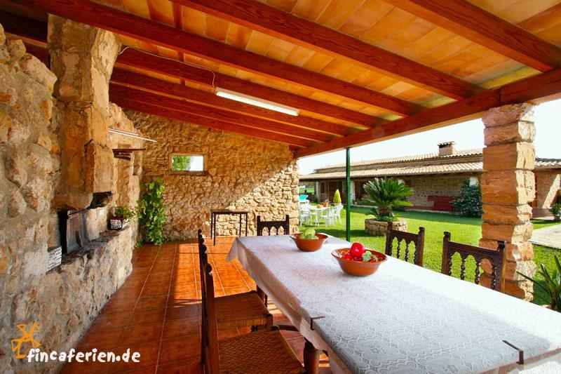 mallorca puerto pollenca finca f r familien mit kindern pool tennisplatz fincaferien. Black Bedroom Furniture Sets. Home Design Ideas