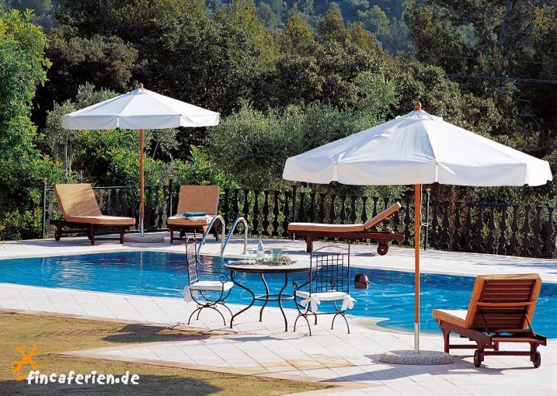 Finca hotel mallorca mit pool tennisplatz sauna for Finca mit pool