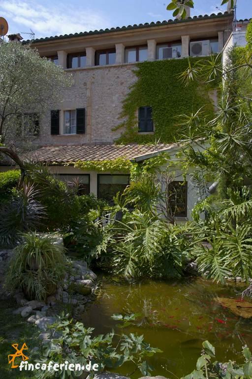 land hotel mallorca mit pool und wlan bei pollenca fincaferien. Black Bedroom Furniture Sets. Home Design Ideas