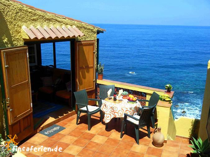 Teneriffa urlaub am meer ferienhaus mit meerblick san for Casas modernas junto al mar