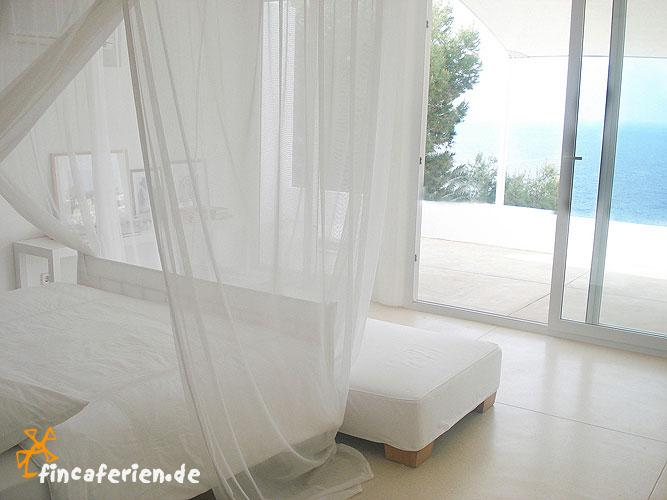 ibiza ferienwohnung am meer roca llisa klimaanlage internet fincaferien finca. Black Bedroom Furniture Sets. Home Design Ideas