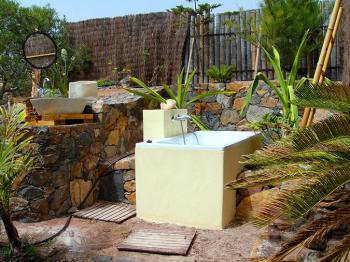 Außenbad mit Badewanne
