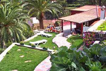 Ferienhaus mit Garten