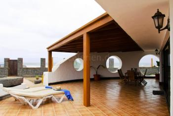 Windgeschützte Terrasse