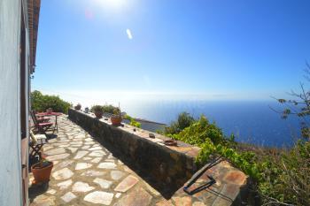 Terrasse mit tollem Meerblick