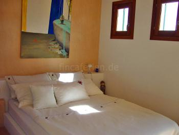 Schlafzimmer in Aprikose