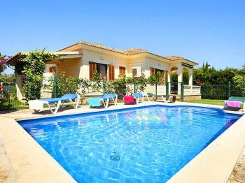 Strandnahes Ferienhaus für 6 Personen