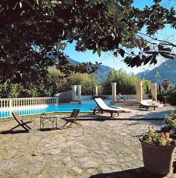 Finca-Hotel mit Pool in Soller