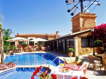 Landhotel mit Pool