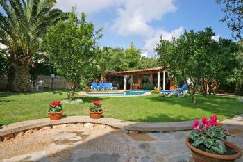 Garten vom Land-Hotel