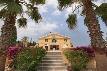 Große Villa am Rand von Santa Margalida