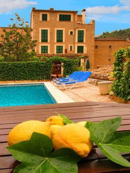 Privates Hotel mit Pool
