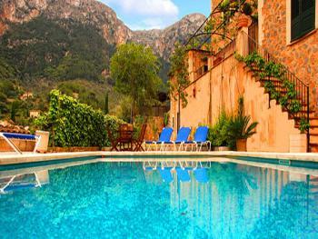 Privates Hotel in Deia