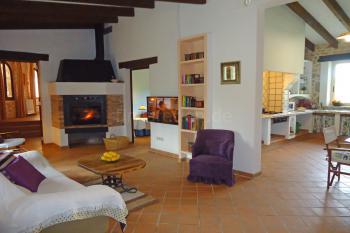 Wohnzimmer mit Internet W-LAN und Kamin