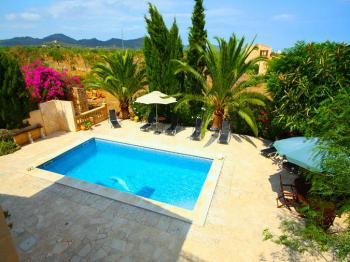 Strandnahe Finca mit Pool bei Sa Coma