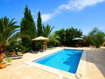 Finca mit Pool und Klimaanlage
