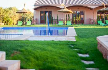 Apartments mit Pool bei Campos