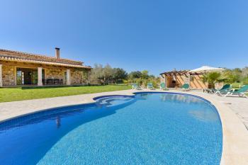 Komfortable Finca für 6 Personen mit Pool