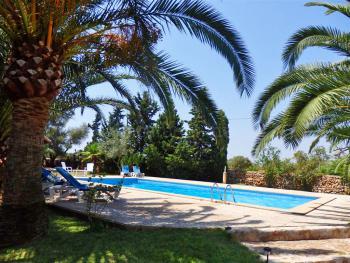 Historische Finca mit Pool und Garten