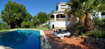 Villa an der Costa Blanca mit Pool