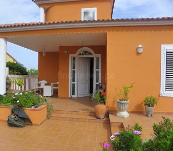 Gepflegte Villa mit Pool in El Sauzal