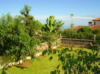 Schöner Obstgarten